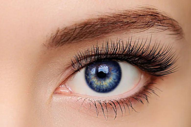 Cu ce se albesc ochii roșii?