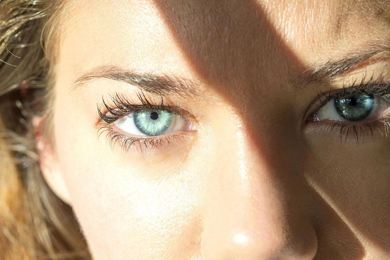 hyanak - sindromul ochiului uscat